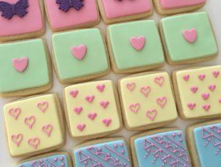 Custom mini cookie tiles