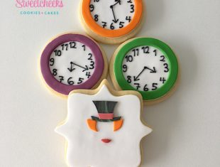 Mad Hatter Alice in Wonderland Cookies