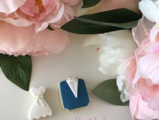 Custom Bride and Groom Wedding Cookies