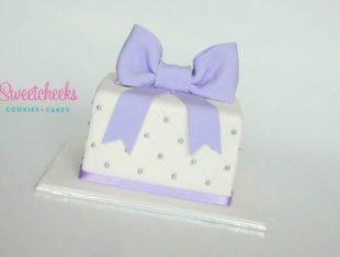 Gift Box Anniversary Cake